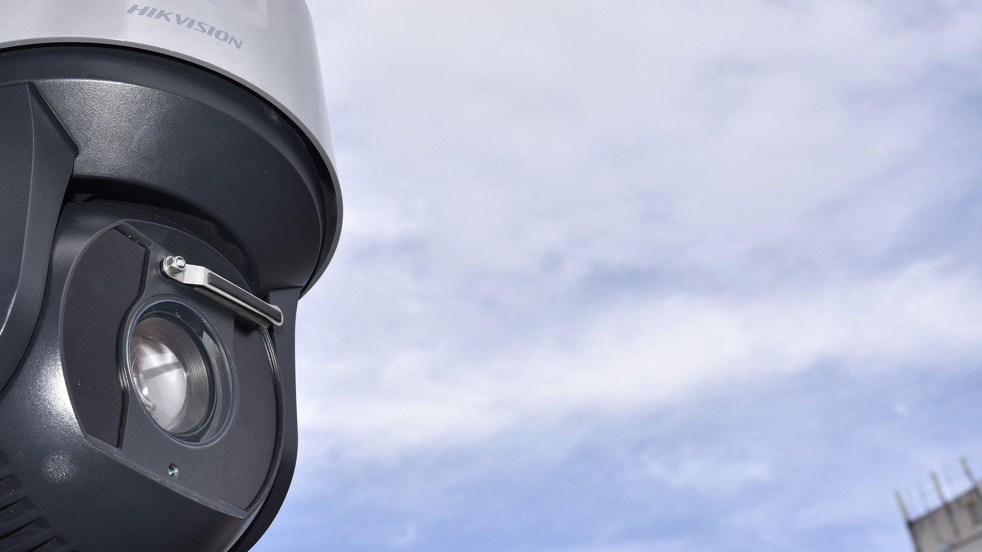 Как взломать камеру видеонаблюдения?